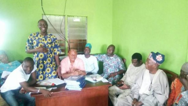 Omooba Sunday Solarin addresses the leaders at the Inauguration of Ikenne LG PDP Caretaker Committee
