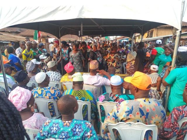 Cross section of party leaders and members at the ward rally in ward 9